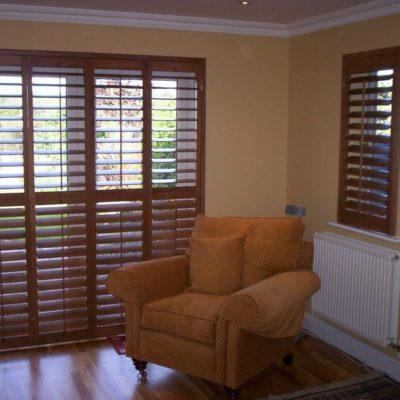 89mm Slats With Pushrod Design Bifolding Doors Full Height With A Mid Rail Installed In 3 Sided Z Frame